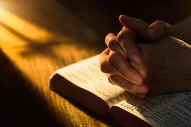 Biblija je napisana kodovima koji predviđaju budućnost