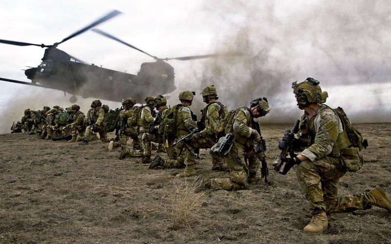 RUŠE TRAMPA: Senatori dip stejta ograničavaju mogućnost povlačenja trupa iz inostranstva