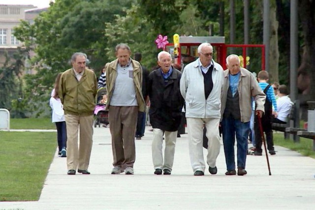 U penziju sa 69 godina? Životni i radni vek se produžavaju za 4 godine