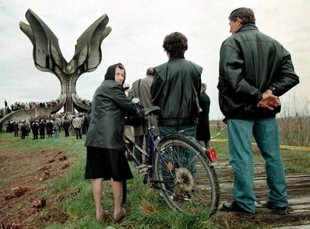 TAČKA NA MANIPULACIJE I LAŽI – Najnovije istraživanje: U Jasenovcu ubijeno 800.000 Srba – JEZIVI PODACI