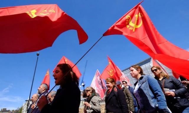 komunisti