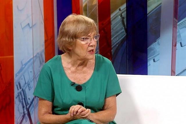 Vesna Pešić dala izjavu u policiji zbog tvita o Vučiću