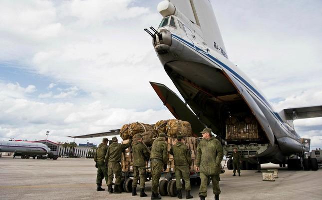 ZAPADNI IZVORI: 11 ruskih vojnih aviona prebacuje specijalce i oružje  u Libiju