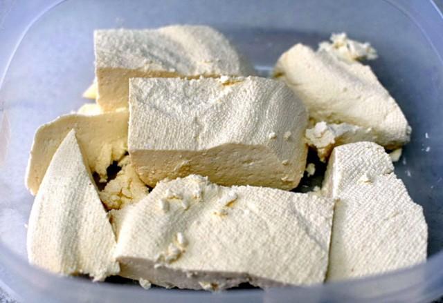 ŠOKANTNO OTKRIĆE: Kravlji sir povećava oboljevanja od raka grudi za preko 50% – EVO ŠTA SE DEŠAVA …