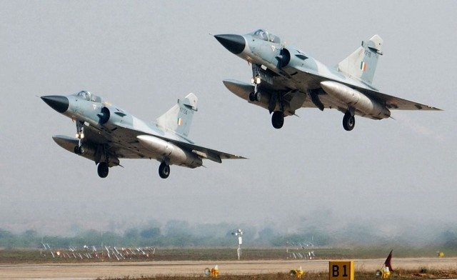 pakistan avion f-16