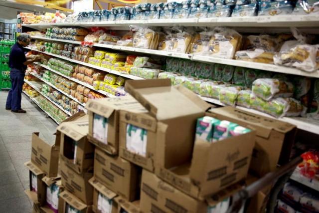 Američki novinar otišao u Venecuelu i doživeo šok: Zašto lažu, ovde nema nestašice hrane – VIDEO