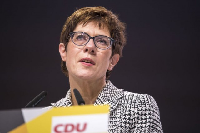 Nemačka ministarka odbrane optužila Rusiju za unošenje haosa u Evropu