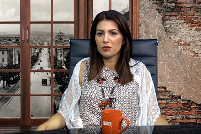 "Čudan tvit Jovane Stojković: ""Da li biste jeli strani ajvar i vanilice prisilno, a da je"" …"