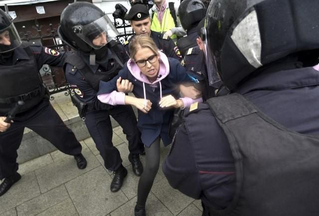 rusija protest