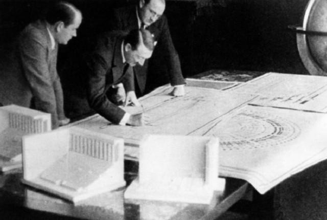 NEPOZNATA ISTORIJA: Kako je Hitler planirao da pobije čitavu populaciju Moskve i pretvori grad u jezero
