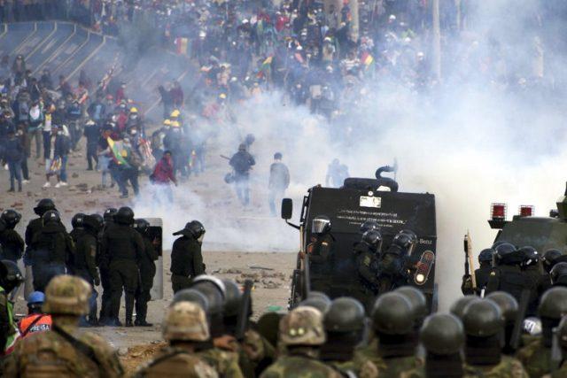 Građanski rat posle prevrata u Boliviji se rasplamsava: 23 mrtvih, stotine povređenih