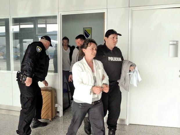 """""""Žena zver"""" Albanka Elfeta Veseli za monstruozno ubistvo sprskog dečaka dobila 13 godina robije"""