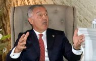 U Crnoj Gori vri: Da li Đukanović uvodi vanredno stanje?