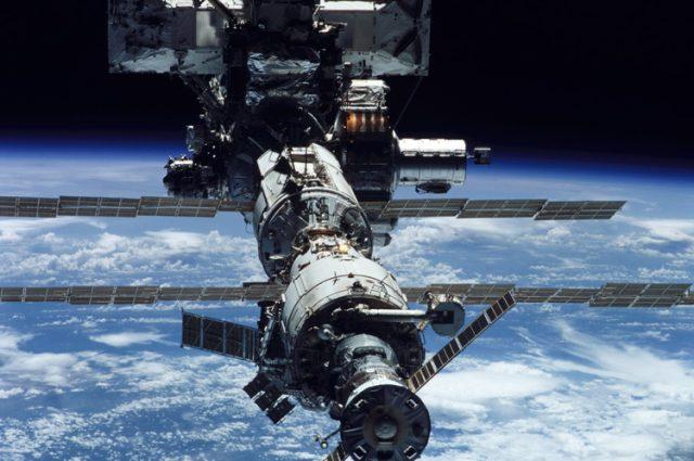 Istraživač otkrio vanzemaljsku letilicu na snimku koji je NASA prikrila – VIDEO