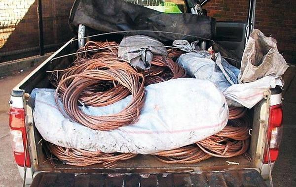 Lopovi u Nišu ukrali kablove između trafostanica i ostavili 500 ljudi bez posla