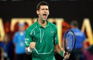 Novak u polufinalu Australijan opena: Lomio reket, pa preokrenuo meč
