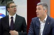"""Istorijska presuda: Aleksandar Vučić osuđen da plati 200.000 dinara  Bošku Obradoviću zbog povrede ugleda i časti jer ga je nazvao """"lopovom"""" i """"fašistom"""""""