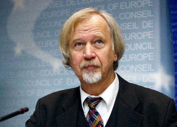 Poznati nemački ekspert ponovo se javio: Dosta je laži, recite ljudima istinu o koronavirusu A NAROČITO O KARANTINU – ŠOK VIDEO