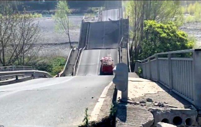 Srušio se još jedan most u Italiji – VIDEO