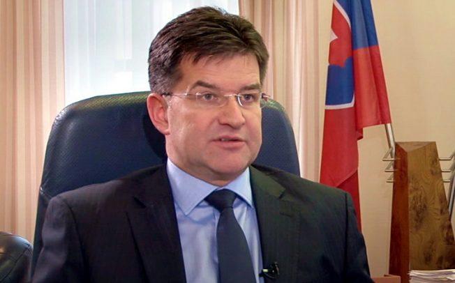 Lajčak objavio da postoje tajni dogovori Beograda i Prištine