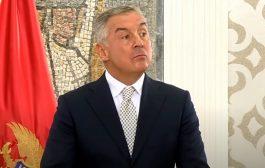 Milo počeo pripreme za krađu izbora: Albanci iz Albanije i sa Kosova dolaze u CG i vade nove lične karte da glasaju za Mila – VIDEO