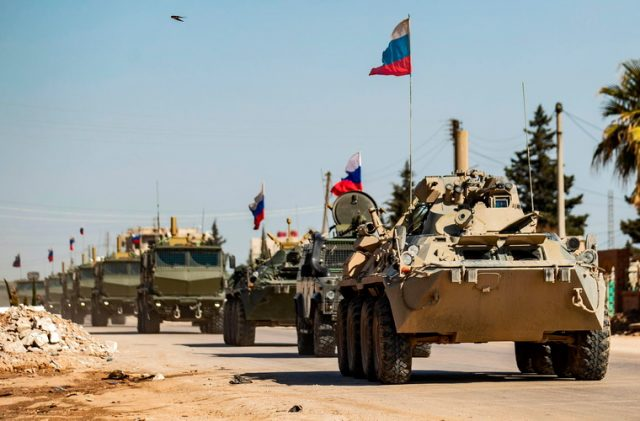 RUSI VRAĆAJU DUGOVE: Blokirali američki konvoj na severoistoku Sirije