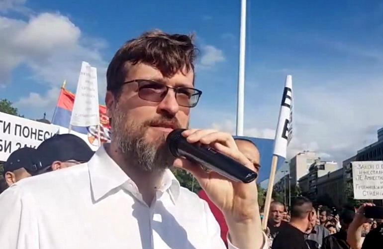 IZABRANO 250 POSLANIKA: Nogo pregovara sa policijom oko ulaska u Skupštinu (VIDEO)