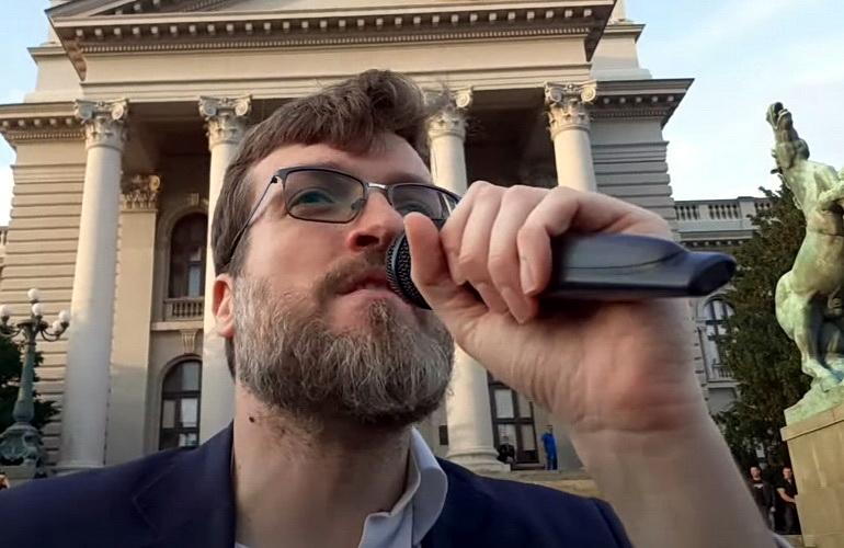 Poziv onima koji bojkotuju izbore da dođu ispred Skupštine – VIDEO