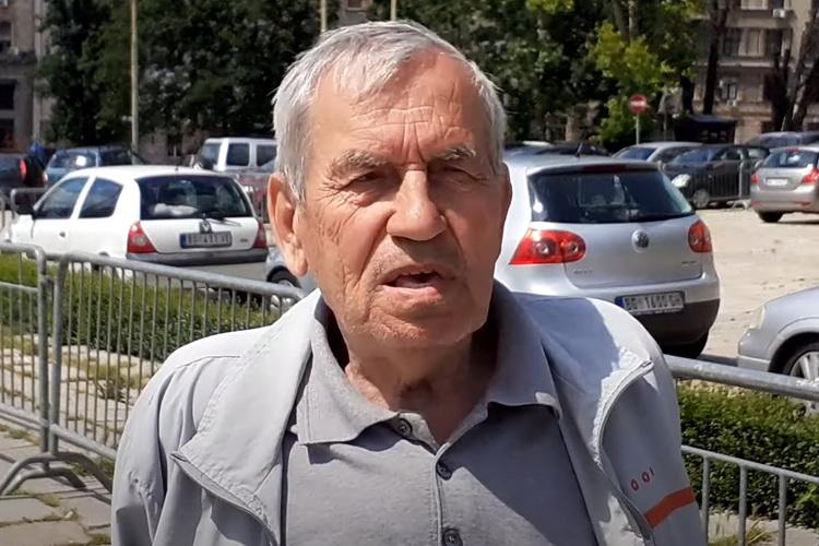 Preminuo Džo Bagerista –  Sinoć bio na protestu – Ovo je njegov poslednji intervju – VIDEO