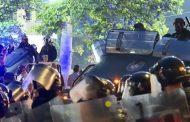 Kako je Vučićev krizni menadžment oteo spontani protest naroda …