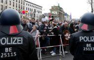 Opkoljen Bundestag: Haos na ulicama Berlina – ne žele restriktivne mere – Hoće slobodu