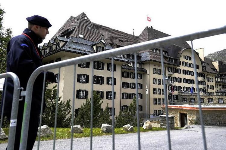 """I """"vladarima sveta"""" ne ide po planu: Bilderberg grupa ove godine neće zasedati"""