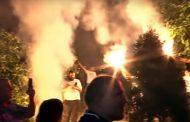 Crna Gora slavi novu Vladu: Narod na ulicama, zastave, sirene i baklje – VIDEO