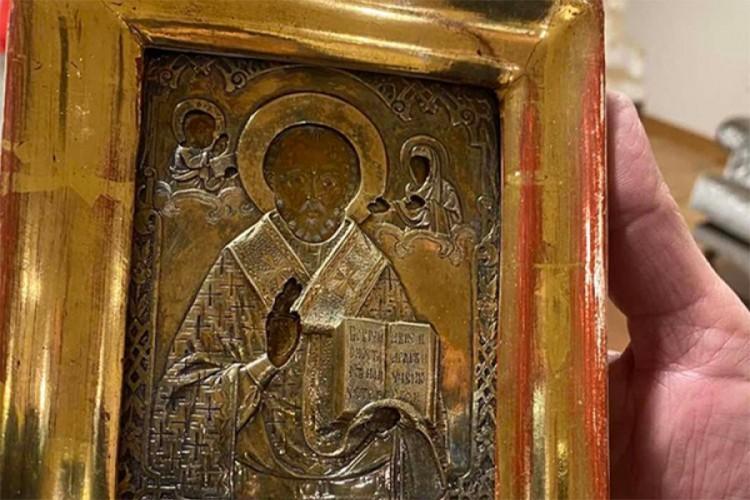 Istoričar umetnosti Nikola Kusovac: Ikona poklonjena Lavrovu je ruska serijska ikona a ne kulturno dobro iz Ukrajine