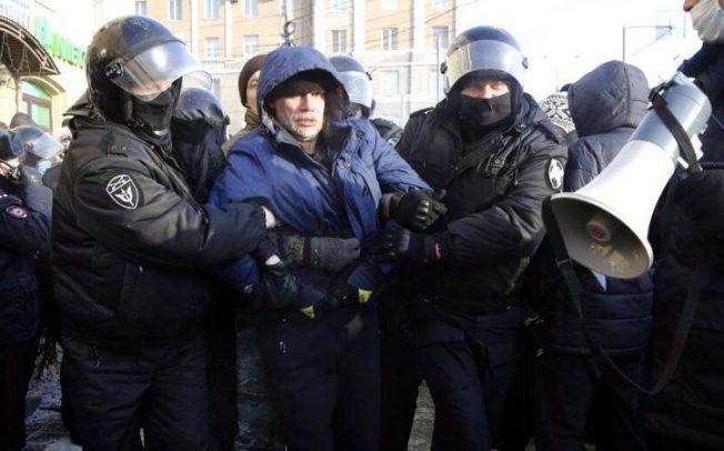 Demonstracije u Rusiji: U Moskvi uhapšeno više od 1.600 ljudi