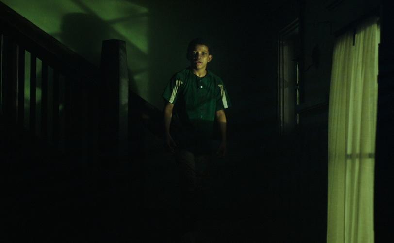 Nakon te noći čula sam kucanje u zid – Užas se vratio u moj dom …