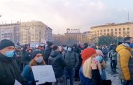 Ništa od Vučićevog obećanja: Vlada usvojila zakon za frilensere i to za 7 godina unazad – Da li 100.000 ljudi ide u dužničko ropstvo?
