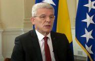 Šefik Džaferović u paralelnoj stvarnosti: Dodik se sramoti na međunarodnim skupovima, BiH je na putu ka EU i NATO