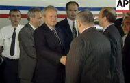 TAJNA OPERACIJA – Evo ko je smislio najveću medijsku prevaru: Miloševiću je obećano da neće biti izručen u Hag