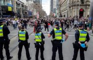 HAOS U AUSTRALIJI: Masovni protesti protiv zaključavanja postali nasilni ULIČNI OBRAČUNI – VIDEO