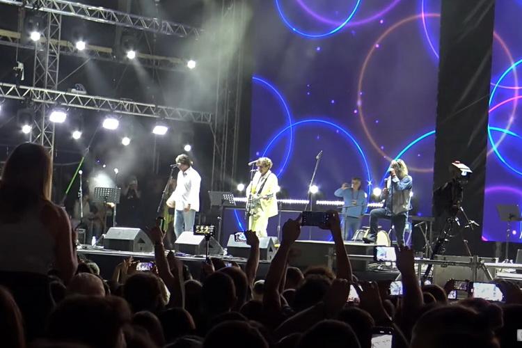 SVA MIZERIJA TEZGARENJA: Tifa besno napustio binu zbog Alena – Nije hteo više da peva – VIDEO
